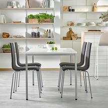 Sestava Modulus + Melville, 1 stůl a 4 tmavě šedé židle