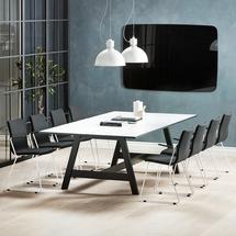 Sestava Nomad + Ottawa, 1 stůl a 8 černých židlí