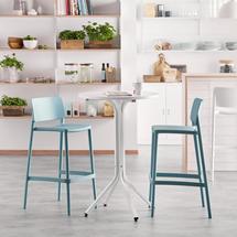 Sestava Various + Rio, 1 stůl a 2 tyrkysové barové židle