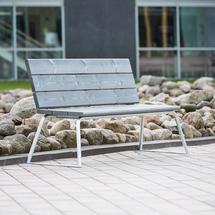 Parková lavička Arctic s opěradlem