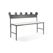 Pracovní stůl Cargo, 2400x750 mm, vrchní police + panel na nářadí