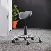 Sedlová židle Kingston, černá kůže