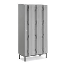 Šatní skříň Create Energy, 3 sekce, 1985x900x500mm, šedé dveře, vč. noh